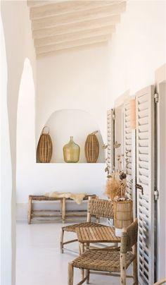 Ibiza Style Interior, Style Ibiza, Small Villa, Casa Cook, Boho Home, Target Home Decor, Ibiza Fashion, Interior Decorating, Interior Design