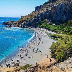 Visit the superb beach of #preveli, on #crete island!  By @vasso_tsoulou. Congratulations