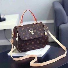 Korean Bags, Louis Vuitton Monogram, Facebook, Pattern, Fashion, La Mode, Fashion Illustrations, Fashion Models, Louis Vuitton