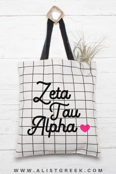 Custom design the cutest ZTA bid day tote bag at www.alistgreek.com! #biddaybags #bidday #tote #gifts #bundle #newmembers #custom #personalized #zta #zeta #zetataualpha