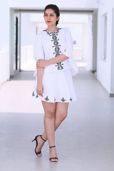 Rashi Khanna Hot Legs Show In White Mini Skirt - Actress Album Beautiful Girl Indian, Most Beautiful Indian Actress, Beautiful Actresses, Beauty Full Girl, Beauty Women, Rashi Khanna Hot, Mini Frock, Mode Du Bikini, Short Frocks