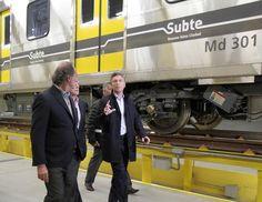 """CRÓNICA FERROVIARIA: Macri visitó la cochera-taller de la Línea """"H"""" de ..."""