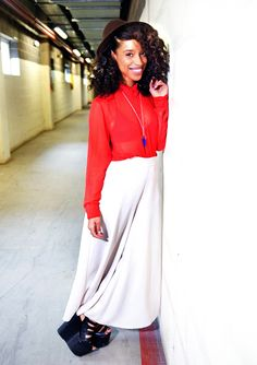 Lianne La Havas -  #styleoverload long skirts and cligs