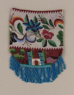 First half 19th century, America - Knitted and beaded drawstring bag - Glass and gilt metal and Silk knit