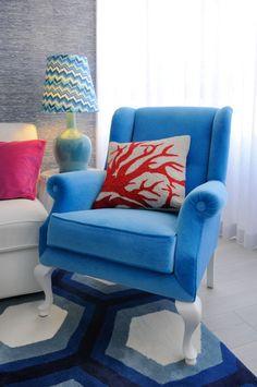 Cool Blue Maria Barros Interior Design Studio, Interior Design Inspiration, Color Inspiration, World Of Interiors, Bedroom Closet Design, 2017 Design, Colorful Interiors, Table, Sweet Home