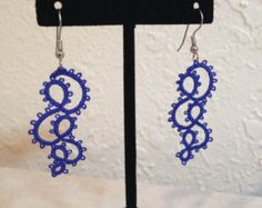 Tatted Lace earrings with light turquoise seed beads di eannie