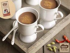 Chocolate a la taza con guindilla y cardamomo Chocolates, Chocolate Nestle, Cafe Bar, Smoothies, Homemade, Coffee, Tableware, Food, Drinks