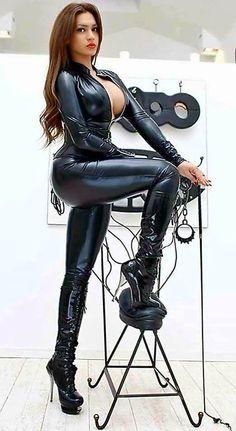 Boot latex mistress