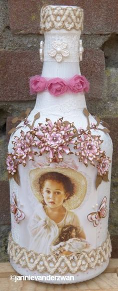 memory wine bottle.  Altered art bottle, shabby chic, recycled wine bottle, craft party