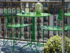 Tavolini da esterno: Tavolino Flower da Fermob | Design: Harald Guggenbichler | Materiali: Acciaio | #design #outdoor #arredamento per #esterni #sedute |