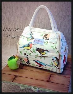 Carh Kidston Bird Bag - Cake by Debbie jackson Shoe Box Cake, Shoe Cakes, Cupcake Cakes, Cupcakes, Cake Icing, Bolo Fashionista, Handbag Cakes, Purse Cakes, Camo Wedding Cakes