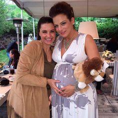 Silvia Navarro, hermosa en la recta final de su embarazo, celebra su primer…