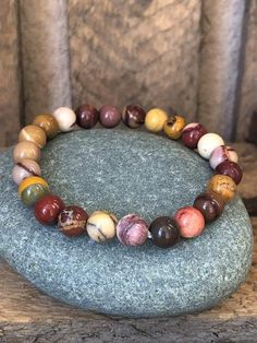 Pierre pour Maigrir | Omineral-France Beaded Bracelets, Jewelry, France, Fitness, Jasper, Circulatory System, Natural Home Remedies, How To Lose Weight, Other