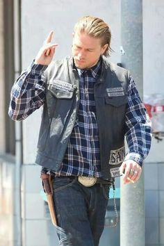 Charlie Hunnam...SOA