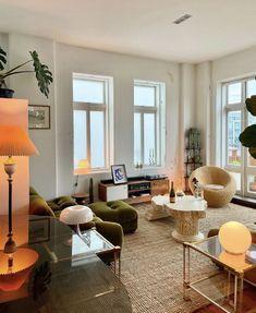 Apartment Interior, Apartment Living, Room Interior, Home Interior Design, Living Room, Interior Inspiration, Room Inspiration, Casa Real, Decoration