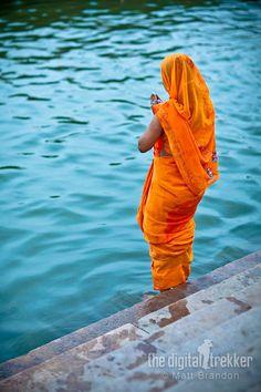 prayers on the Ganges