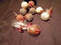 Marka boszikonyhája: SAD XIII. forduló: erdei gyümölcsös-mascarponés sütinyalóka Christmas Bulbs, Holiday Decor, Cake, Desserts, Food, Home Decor, Tailgate Desserts, Deserts, Decoration Home