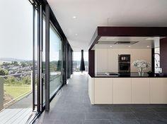 Elegant Kitchen S House By Von Bock Architekten Houses In Germany, Elegant Kitchens, Eco Friendly House, Cuisines Design, Architectural Digest, Beautiful Homes, Architecture Design, Minimalism, Kitchen Design