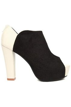 High Heels Peep Toes Black-white Shoes. Description Black-white shoes,featuring spliced white high and chunky heels,seude body and a PU lining,anckle design,peep toes styling,zippered on back,a rubber sole finish. Fabric Seude and Vinyl. Washing Specialist Dry Clean. #Romwe