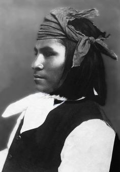 Portrait of an Apache Scout. Photographed: ca. 1890.