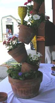 This site has fabulous garden art!  So much to see......