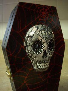 Sugar skull coffin ring holder
