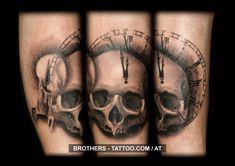 Skull Tattoo Black and White (year Tattoo Life, Tattoo Studio, Licht Tattoo, Tattoo Und Piercing, Tattoo Black, Year 2016, Insta Art, Skulls, Tattoo Artists