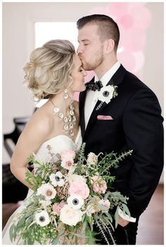 black, white and pink wedding bouquet, photo by The Cannons Photography