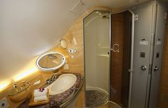 Emirates Airline Airplane Interior, First Class Flights, Emirates Airline, Sky News, Travel And Tourism, Luxury Travel, Around The Worlds, Mirror, Dream Job