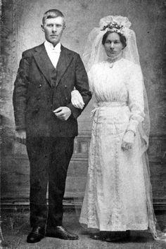 Numera gifter sig de flest på sommaren. Men det såg annorlunda ut för 100 år sedan. Klicka på länken för att läsa mer.