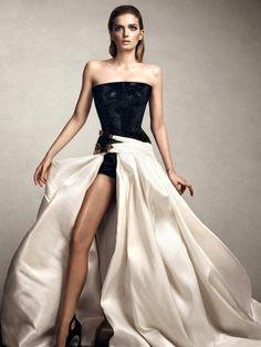 Lily Donaldson in Vogue Turkey December 2014 (via @WhoWhatWear)