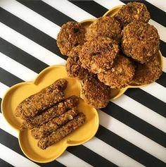 Chiftelute vegane din fulgi de ovaz – Cristina Teodora Ketchup, Foodies, Almond, Desserts, Tailgate Desserts, Deserts, Almond Joy, Postres, Dessert