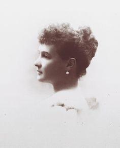 "Grand Duchess Maria Pavlovna Romanova of Russia,wife of Grand Duke Vladimir Alexandrovich Romanov of Russia. ""AL"""