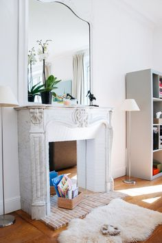 Siire's Eclectic, Happy Apartment in Paris