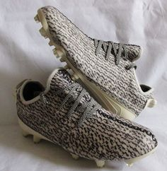3e655fd8459 Yeezy 350 Cleat Adiddas Men 9.5  NIB  100% Authentic  adidas  Cleats