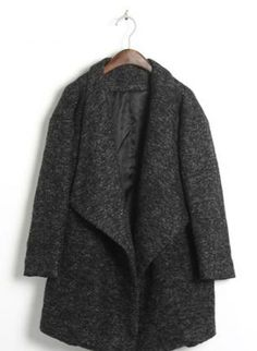 Oversized Lapels Tweed Coat Key Features: Oversized style, large collar, unstructured shoulders.