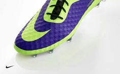 Nike Hypervenom Nike Stuff, Cool Nikes, Bootroom, Soccer Quotes, Football Boots, Soccer Cleats, Guys And Girls, Nike Free, Sneakers Nike