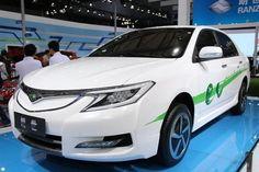 1 coche eléctrico fruto de alianza de toyota con empresa china