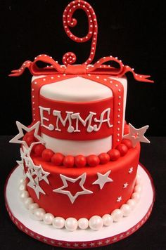 American Girl - via @Craftsy My Emma's favvvvorite cake!