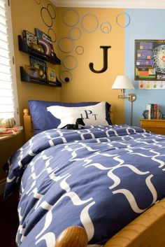18 Amazing Boy Bedroom Decoration That Will Make Fun Your Kids – Decor & Gardening Ideas ideas for small rooms for boys layout Boy Bedroom Design ideas for small rooms for boys layout Small Room Decor, Boys Bedroom Decor, Small Room Bedroom, Bedroom Sets, Small Rooms, Small Spaces, Teen Bedroom, Bedroom Furniture, Guy Bedroom