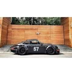 "rudeboistance: ""Living the Dream @kornbrownhouses #RWB #964 #porsche #911 (at Bellevue Downtown Park) """