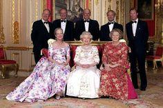 Reinas Margarita II de Dinamarca, Isabel II de Inglaterra, Beatrix I de Holanda. Reyes Albert II de Belgica, Juan Carlos I de España, Harald V de Noruega, Carlos XVI Gustavo de Suecia, Gran Duque Henri I de Luxemburgo