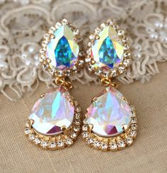 Bridal earrings White Crystal Aurora Borealis by iloniti on Etsy
