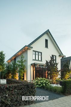Baroque Architecture, Garden Architecture, Residential Architecture, Beautiful Buildings, Beautiful Homes, Exterior Design, Interior And Exterior, Garden Design, House Design