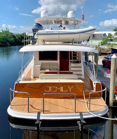 This beautiful Grand Banks Sixty was recently dropped off to her new owners in the states. Grand Banks Yachts, Liveaboard Boats, Expedition Yachts, Cruiser Boat, Boat Names, Boat Interior, Boat Stuff, Yacht Boat