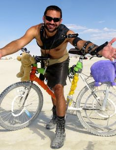 An image gallery from Burning Man 2014 as well as a gallery for my post-BM trip through California. Burning Man 2014, Crazy Costumes, Burning Man Fashion, Ride Along, Festival Fashion, Festival Style, Party Fashion, Coachella, Burns