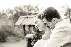 e-session posing ideas black and white photography