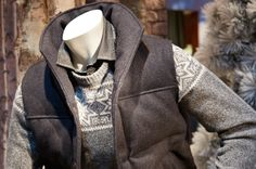 A clean-cut puffer vest and Fair Isle crewneck Working In Retail, Grown Man, Prince Charming, Brooks Brothers, Dressmaking, I Dress, Color Combos, Mens Fashion, Fashion Trends