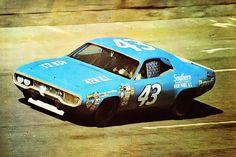 Nascar Race Cars, Old Race Cars, Richard Petty, King Richard, Chrysler Hemi, Classic Race Cars, Vintage Race Car, Drag Cars, Daytona 500