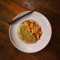 https://flic.kr/p/xEnKjy | Vegan lunch - Asian stir fried veggies - Tofu with stir fried veggies preped Asian style with chili on a bed of brown rice. Flavorful dish to enjoy with sticks #vegan #veganeats #vegancook #veganfoodporn #veganfood #foodtube #foodblogger #foodporn #vegani | via Instagram ift.tt/1KdsDCe